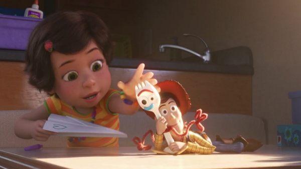 Woody, al rescate de Forky en el nuevo tráiler de 'Toy Story 4'