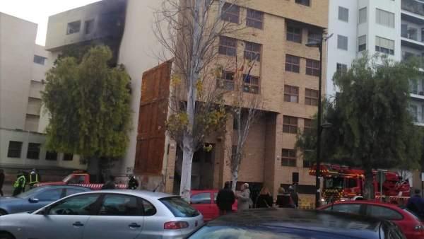 El edificio de los Juzgados de Ibiza afectado por un incendio (archivo)