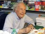 Eduard Punset en una feria del libro