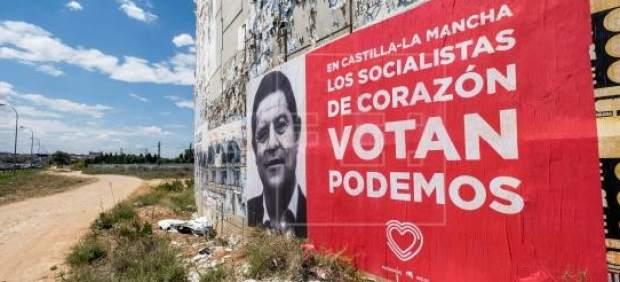 La Junta Electoral ordena la retirada del cartel de Podemos en Castilla-La Mancha con la cara del ...