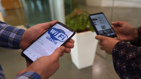 Granada.- Un total de 15 municipios tendrán wifi abierto y gratuito en espacios públicos