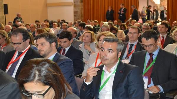 Unas 600 pesonas participan en la Trobada Empresarial al Pirineu