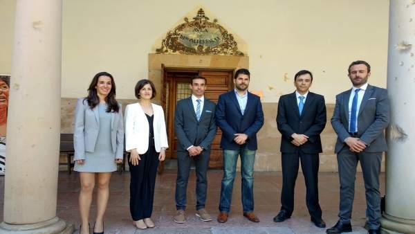 La Universidad recibe a los premiados en la XX edición de los galardones en Medicina del Deporte Liberbank