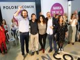 El secretario general de Podemos, Pablo Iglesias, participa en un encuentro en Vigo junto con los candidatos de la Marea de Vigo al Ayuntamiento