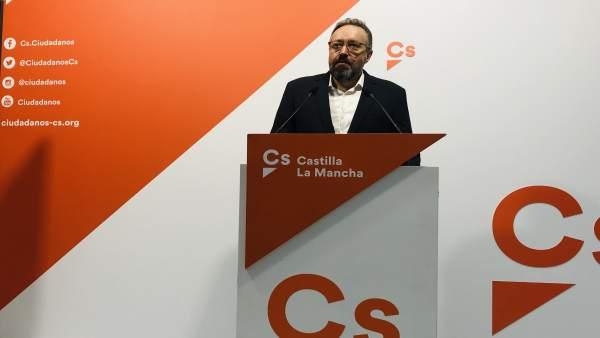 28A.- Girauta (Cs) dice a PP que el pueblo español le ha pasado una 'factura histórica': 'Ha entrado en caída libre'