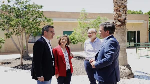 El secretario general del PSRM-PSOE y candidato a la presidencia de la Comunidad, Diego Conesa