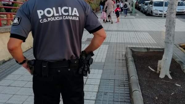 Agente de la Policía Canaria