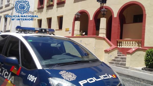 Sucesos.- Detenido tras ser sorprendido robando cerca de una comisaría en La Palma