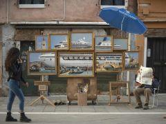 Banksy vende una obra en Venecia