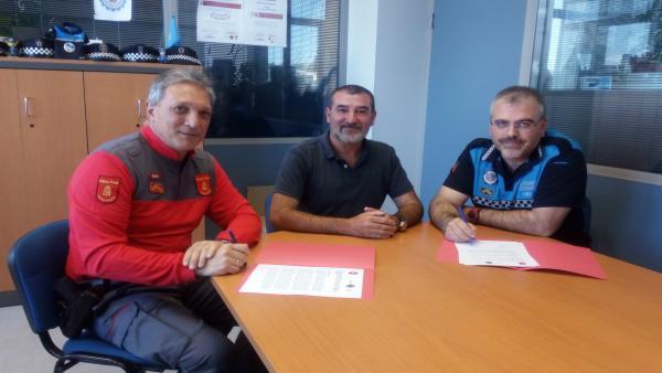 Policía Foral y Policía Local de Burlada firman un acuerdo para coordinarse en la atención de accidentes de tráfico