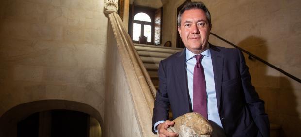 Juan Espadas, alcalde y candidato del PSOE a la Alcaldía de Sevilla