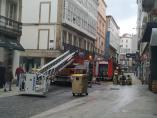 Registrado un incendio sin heridos en un quinto piso de la calle San Andrés, en A Coruña