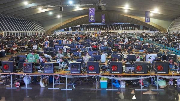 [Grupocanarias] Nota De Prensa Y Fotografía: Tlp Tenerife 2019 Ibm Q Y Google