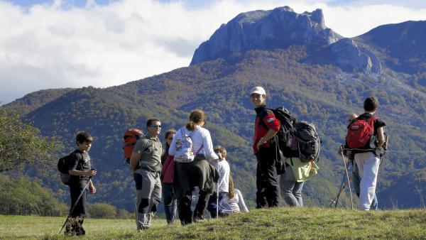 Más de 22.000 personas participan en actividades de Naturea Cantabria entre enero y abril