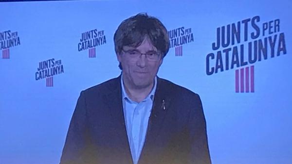Puigdemont: 'En el Parlamento Europeo no podrá suspendernos ningún juez prevaricador'.