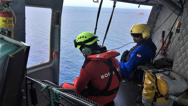 Buscan a un buceador desaparecido en Cabo de Palos
