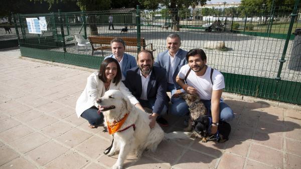 Málaga.- 26M.- Cs luchará por el sacrificio cero de animales y redoblará las multas por excrementos en la vía pública