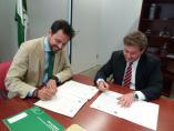 Sevilla.- La Junta y Lar acuerdan canalizar a través del SAE las 1.500 contrataciones del centro comercial Lagoh