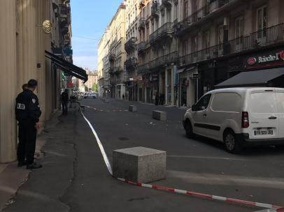 La calle Víctor Hugo de Lyon, tras la explosión.
