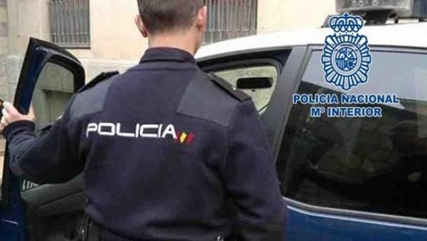 Sucesos.- Detenido en Mahón el presunto autor de tres robos en coches y dos en viviendas