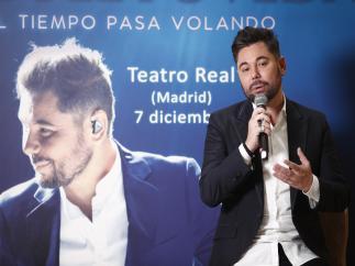 """Miguel Poveda lanza """"El tiempo pasa volando"""" para celebrar sus 30 años en la música"""