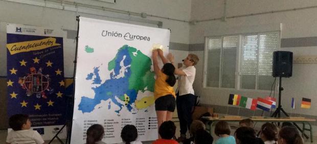Huelva.- Diputación presenta su cuentacuentos sobre la Unión Europea para niños de municipios de la provincia