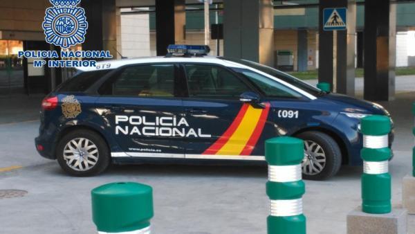 Valencia.- Sucesos- Detenidos dos hombres que se agredieron mutuamente con un hacha y una botella en Paterna
