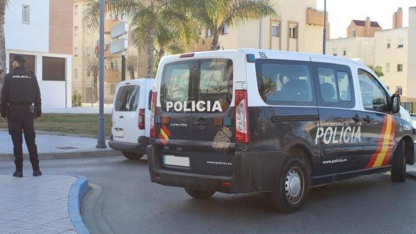 Málaga.- Sucesos.-Detenido tras captar la imagen de su cara en una videollamada justo cuando robaba el móvil a una menor