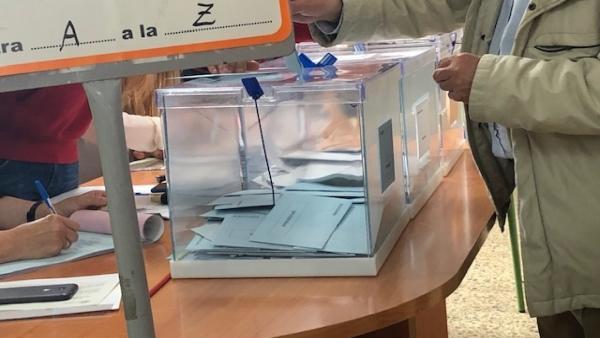26M.- La Participación En Las Elecciones Autonómicas Alcanza El 38,92% A Las 14 Horas En Cantabria, Similar A 2015