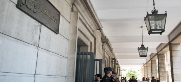 La juez prorroga la prisión provisional contra el padre del bebé fallecido en Sevilla en 2017 por presuntos malos tratos