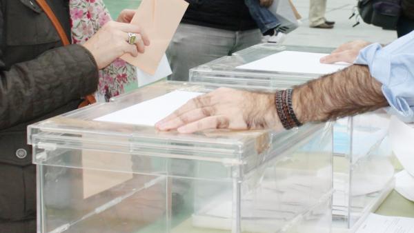 28A.- En Castilla-La Mancha, con el 62,10% escrutado, el PSOE sube a 9, el PP cae a 6, Cs entra con 4 y Vox con 2