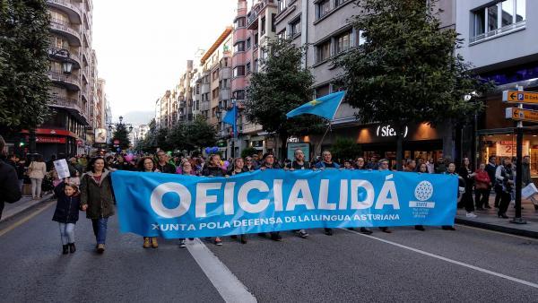 26M-A.-La XDLA lama a 'derrotar en las urnas las posiciones contra la lengua asturiana'