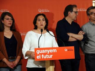 La alcaldesa en funciones, Ada Colau, en rueda de prensa.
