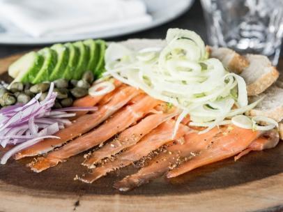 La receta de Byron Hogan del pastrami de salmón de Alaska