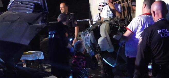 Rescate de inmigrantes de un coche patera