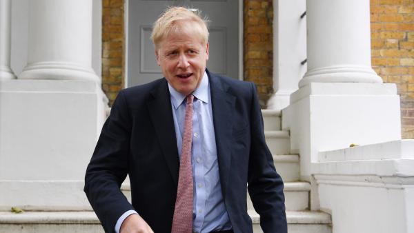 """Critican a Boris Johnson por decir que el islam dejó a los países musulmanes """"siglos atrás"""" respecto a Occidente"""