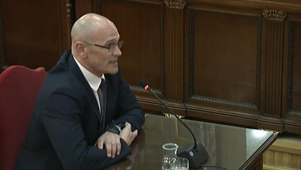 Los partidos políticos reaccionan a la suspensión de Raul Romeva