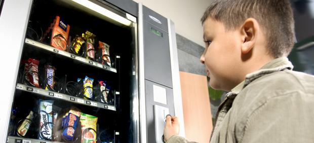 Máquina vending, alimentos basura, chuches