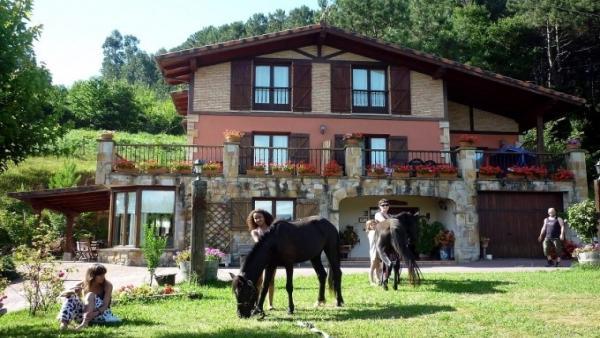 TURISMO.- La ocupación en casas rurales es del 57,9% en Semana Santa en Galicia, entre las menores tasa de ocupación