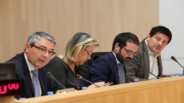 Málaga.- La modificación presupuestaria y las acusaciones de electoralismo centran el pleno de Diputación de este martes