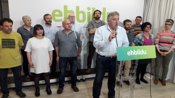 EH Bildu descarta apoyar a Esporrín (PSN) como alcaldesa de Pamplona y le pide a ella el voto