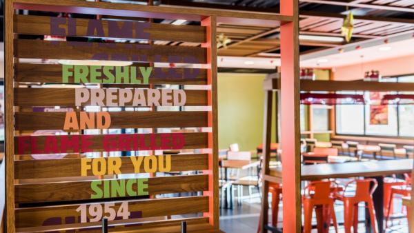 Cádiz.- Burger King inaugura un nuevo establecimiento en Cádiz, con 25 empleos