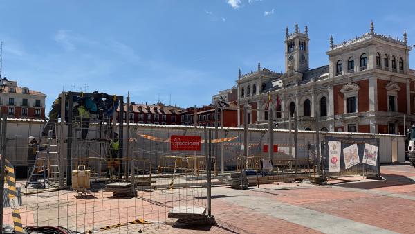 Las obras de la Plaza Mayor de Valladolid requerirán aún otros 15 días para estar concluidas, según el Ayuntamiento
