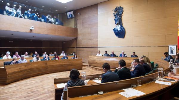 Valencia.- La Diputación la formarán 13 diputados del PSPV, 8 del PP, 5 de Compromís, 3 de C's, 1 de Vox y 1 de La Vall