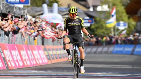 AV. Ciclismo/Giro.- Chaves se reivindica con la etapa y Carapaz no cede ni un segundo