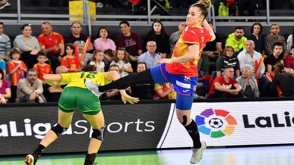 Nerea Pena, jugadora de la selección española femenina de balonmano.
