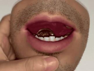 El monedero que imita la piel humana