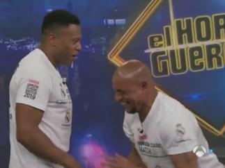 Roberto Carlos y Julio Baptista