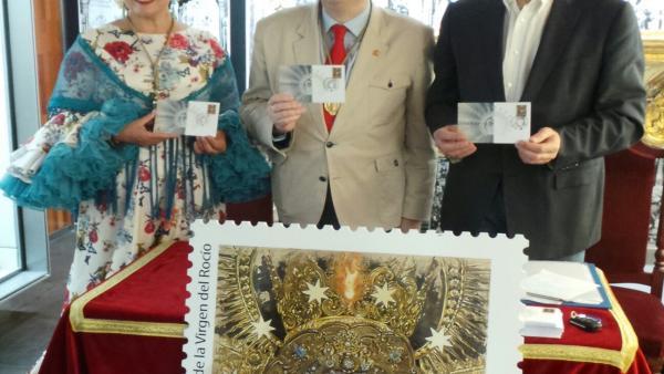 Huelva.- Correos presenta su sello dedicado al Centenario de la Coronación de la Virgen del Rocío