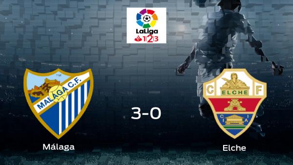 El Málaga golea al Elche por 3-0